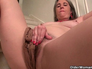 beautiful milfs